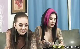 Goth babes fingering cunt and sucking cock for cumshot - e-porn.net